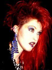 Cyndi-lauper-1980s-5.jpg