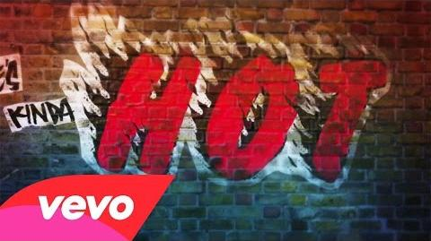 5 Seconds Of Summer - She's Kinda Hot (Lyric Video)