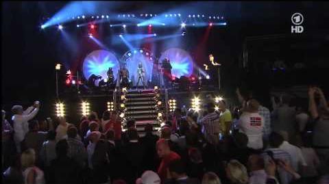 Marco Huck & Sera Lee - Unstoppable Live bei ARD Box WM vs. Garay 16.07