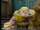 Sesame Street - Baby Bear Tries to Prank Goldilocks 8-20 screenshot
