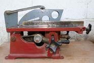 Table-saw-3