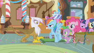 Rainbow Yelling at Gilda