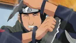 Asuma struggles during fight with Akatsuki.jpg
