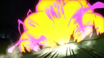 …criando uma enorme explosão contra o oponente.