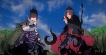 Sasuke e Itachi atacan a su oponente con el Amaterasu...