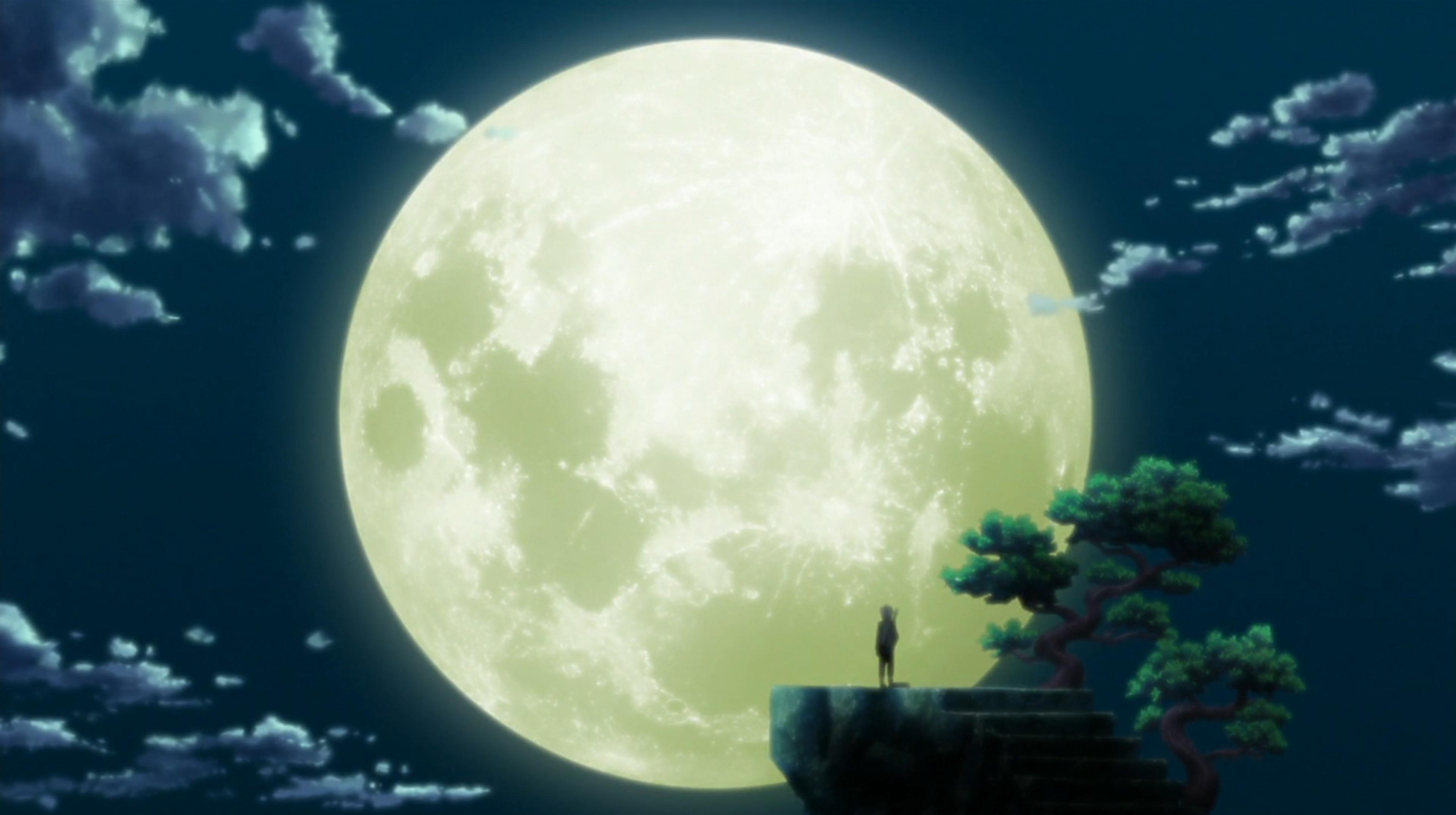 Un chemin illuminé par la pleine lune