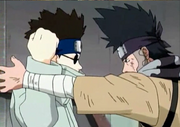 Shino contre Zaku.png