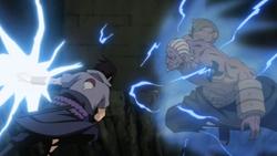 Sasuke contro il raikage.png