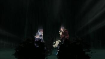 Sasuke e Itachi lançam o Amaterasu em seu oponente…