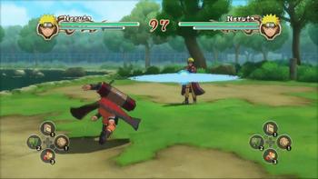 Naruto lanza un Rasen Shuriken al oponente...