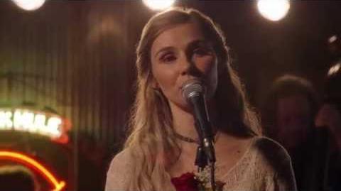 "Clare Bowen (Scarlett) Sings ""Curtain Call"" - Nashville"