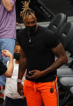 Dwight Howard 76ers.jpeg