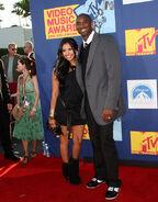 Vanessa and her husband Kobe poses at the video music awards