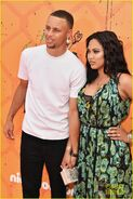 Stephen-curry-wife-ayesha-kids-choice-sports-awards-18