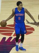 Spencer Dinwiddie, Ramon Sessions (cropped)
