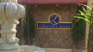 Naybers lassiters hotel 2002