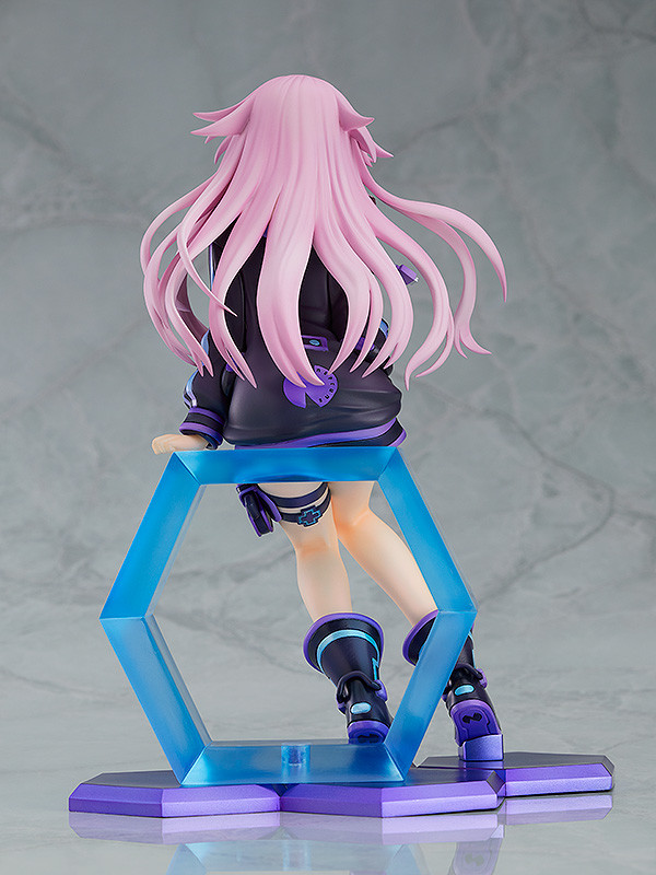 Adult Neptune Figure (Wing) 3.jpg