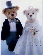 Bride and Groom Teddy Bear Sewing Pattern (Ikuyo Kasuya)