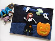 Halloween Dress Up Quiet Book Page (Stephanie Segall)