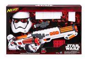 Nerf-star-wars-blaster-mask-helmet-first-order-stormtrooper-officer-deluxe