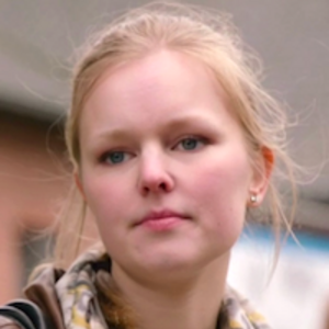 Emma Portret S22.png