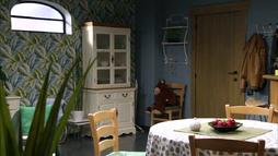 Appartement van Renzo Fierens en Charité Doumbia