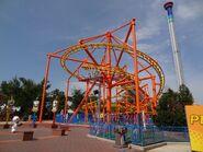 Rugrats Runaway Reptar Roller Coaster (C)
