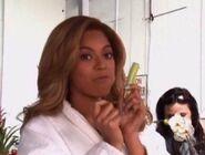 Beyonce eatin celery