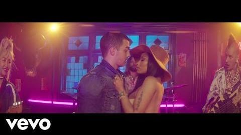 DNCE - Kissing Strangers ft. Nicki Minaj