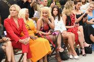 Kate+Beckinsale+Yolanda+Foster+Oscar+De+La+u1nuXBzWu2gl
