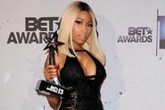Nicki wins BET Awards 2013