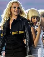 Britney-nicki2