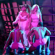 2016 VMAs performance 4.jpg