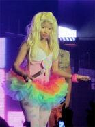 Nicki-minaj-pink-friday-tour-sydney14