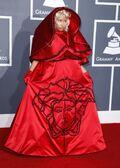 2012 Grammy Awards carpet 1