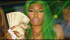 Music-video-nicki-minaj-ft-2-chainz-beez-in-the-trap-directed-by-benny-boom-4