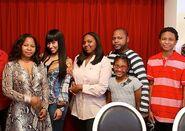 Nicki-Minaj-family-1