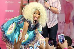 Pink Friday Myer 5