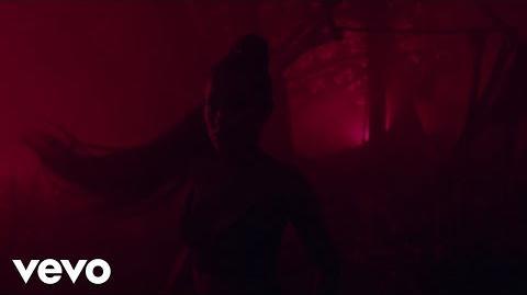 Ariana_Grande_-_the_light_is_coming_ft._Nicki_Minaj