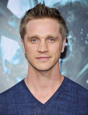 The 42-year old son of father (?) and mother(?) Devon Sawa in 2021 photo. Devon Sawa earned a  million dollar salary - leaving the net worth at  million in 2021