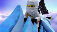 Ninjago Flight of the Dragon Ninja 38