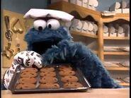 Cookie Monster baking cookies - 7