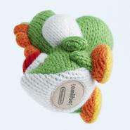 Amiibo - Green Yarn Yoshi - Angle