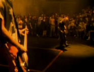 Nirvana tocando en SLTS