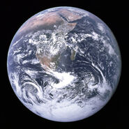 599px-The Earth seen from Apollo 17