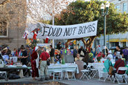 Food-not-bombs-santa-cruz-2013