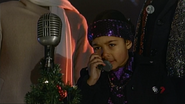 S1E6b - Ms. O and her phone at the party