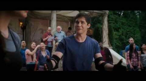 "Percy Jackson Sea of Monsters TV Spot ""Cast"""