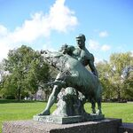 A statue of Hercules catching the Erymanthian Boar.jpg