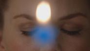 6x10 Emma Swan princesse vœu souhait yeux fermés flamme bougie étoile bleue anniversaire
